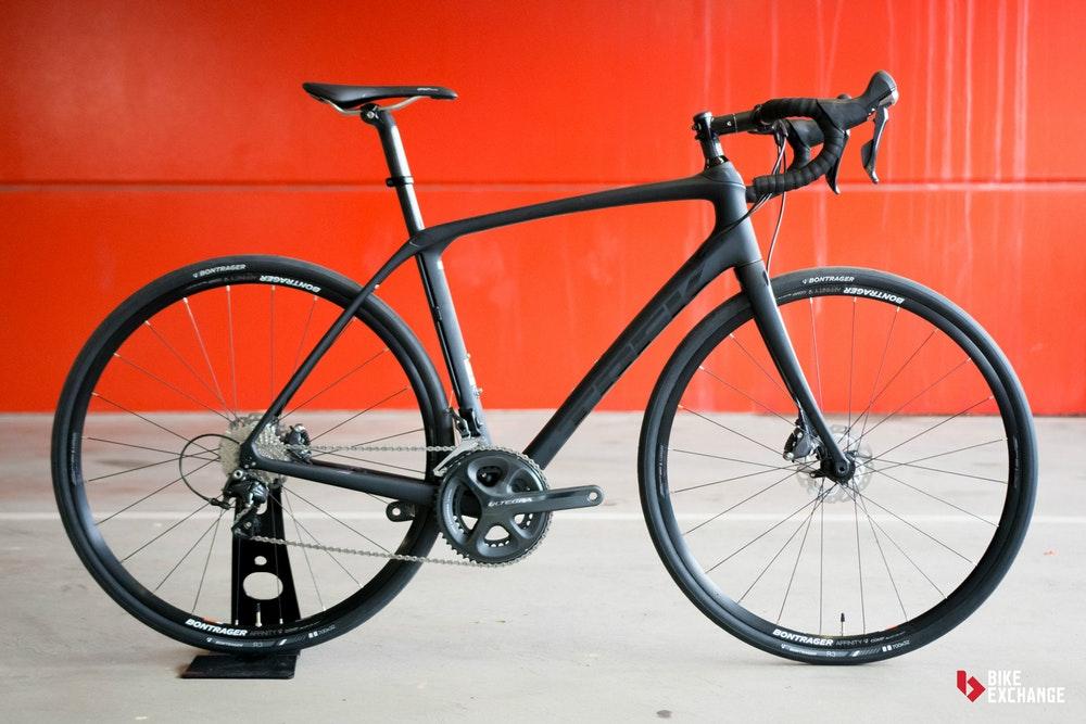 Perbandingan Sepeda Road Bike Jenis Aero, Endurance dan