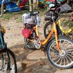 "SEMOK (Sepeda Minions Karawang) Touring Menggunakan ""Sepeda Mini"""