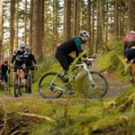 Gravel Bike vs. Road Bike: Apa Perbedaannya ?