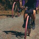 Panaracer Merilis Ban Gravel King Warna Biru dan Pink Edisi Terbatas